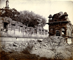 Close view of Jami Masjid entrance and outer wall of court from the south-east, Champaner